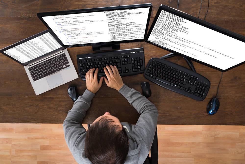 El sector informático sigue al pie del cañón